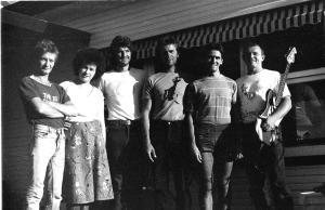 Pamdemodia 1977