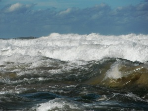 Rough surf Newcastle 14-7-11