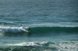 Redhead Beach surfer 26-12-11