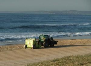 Redhead Beach cleaner 24-10-11