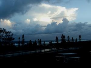 Redhead beach storm19-08-11