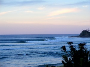 Byron Bay 2010 by Ronnie Rudder