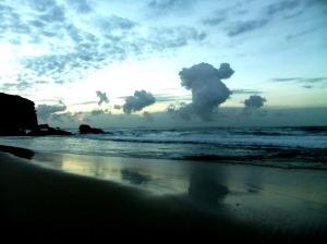 Redhead Beach Cloud birds 17-04-13
